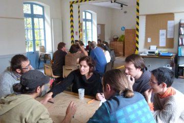 Atelier ouvert au public sur le thème du commun à Vertolaye par La brèche avec Nicolas Le strat
